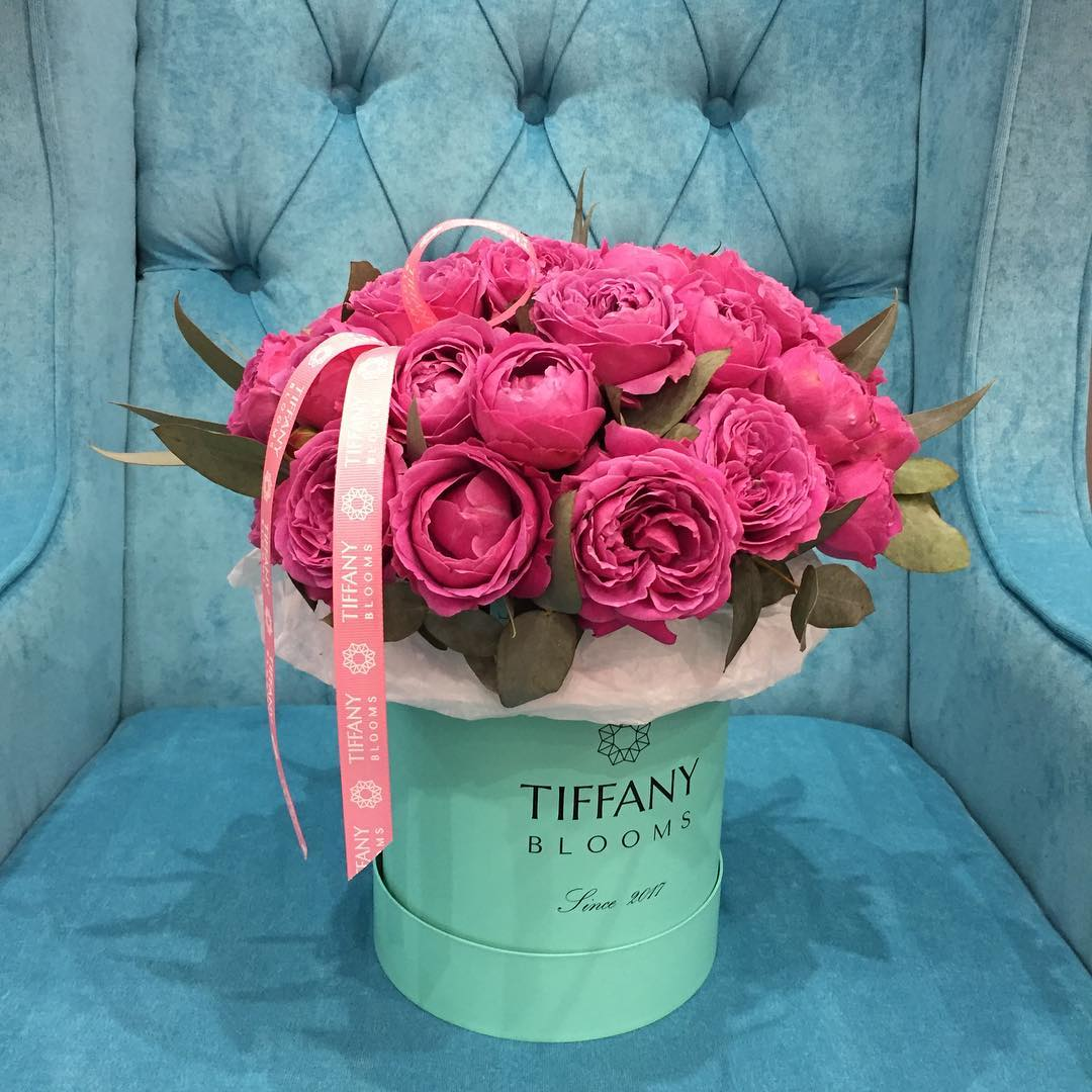 Наша любимая #коробочкасцветами от #tiffanyblooms #ялюбима