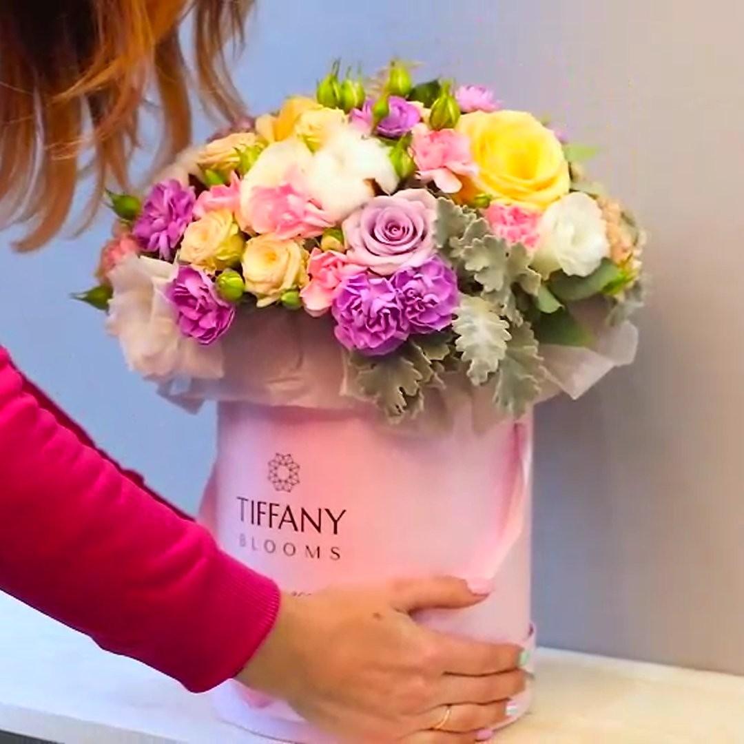 Новый день, новая неделя, новый год. И мы снова открыты. . Звоните +79000001133 Рашпилевская 28 Работаем с 8:00 до 20:00 tiffanyblooms.ru . #букеткраснодар #букет_от_тиффани #tiffanyblooms #flowers #цветыкрд #доставкацветовкраснодар #доставкабукетовкраснодар #букетвшляпнойкоробке