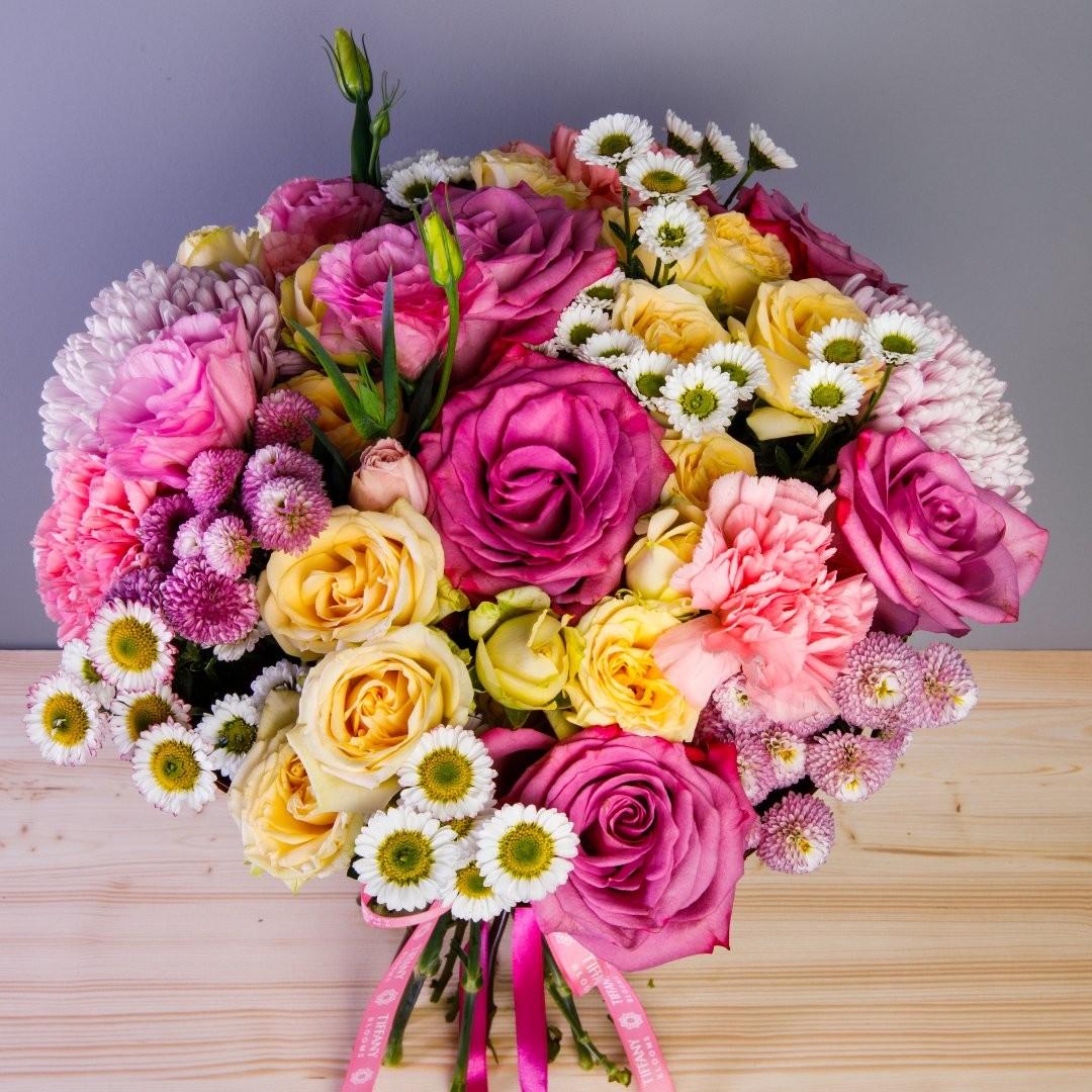 Скоро весна, хочется романтики, тепла и солнца. . . Звоните +79000001133 Рашпилевская 28 Работаем с 8:00 до 20:00 tiffanyblooms.ru #цветыкрд #доставкацветовкраснодар #доставкабукетовкраснодар #букетвшляпнойкоробке