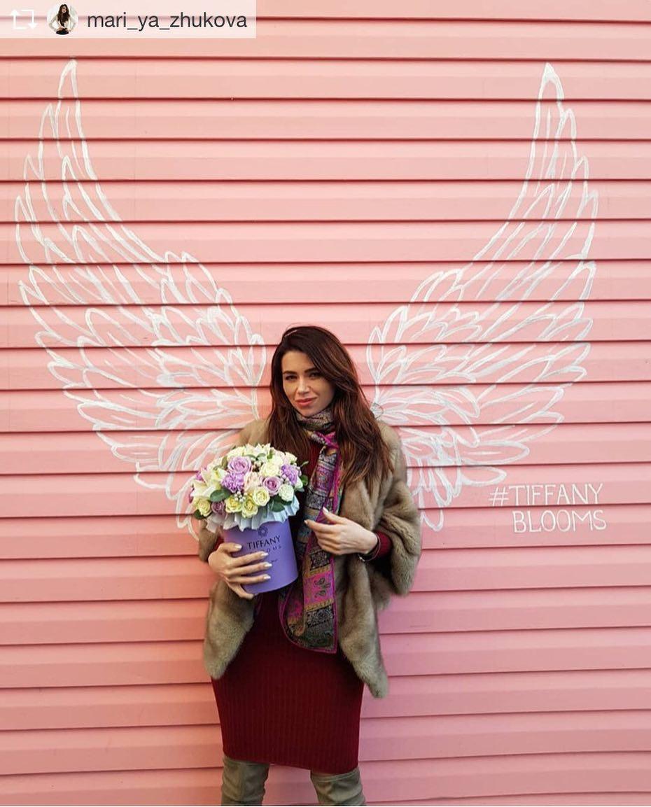 Приятно получать такие отзывы! Спасибо @mari_ya_zhukova , приезжай к нам ещё! #букет_от_тиффани #цветыкраснодар #доставкацветовкраснодар #букеткраснодар #цветыкрд #цаетывшляпнойкоробке